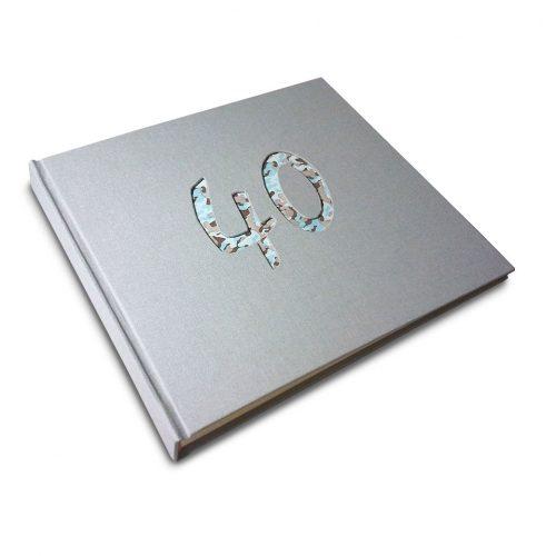 Álbum de foto y firmas 40 años gris perla. MardePapel