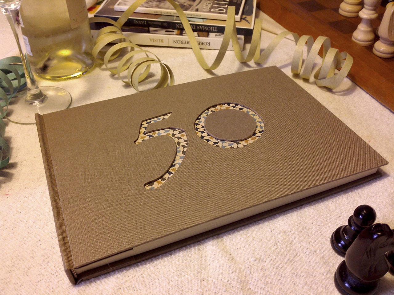 Libro-de-firmas-50-años