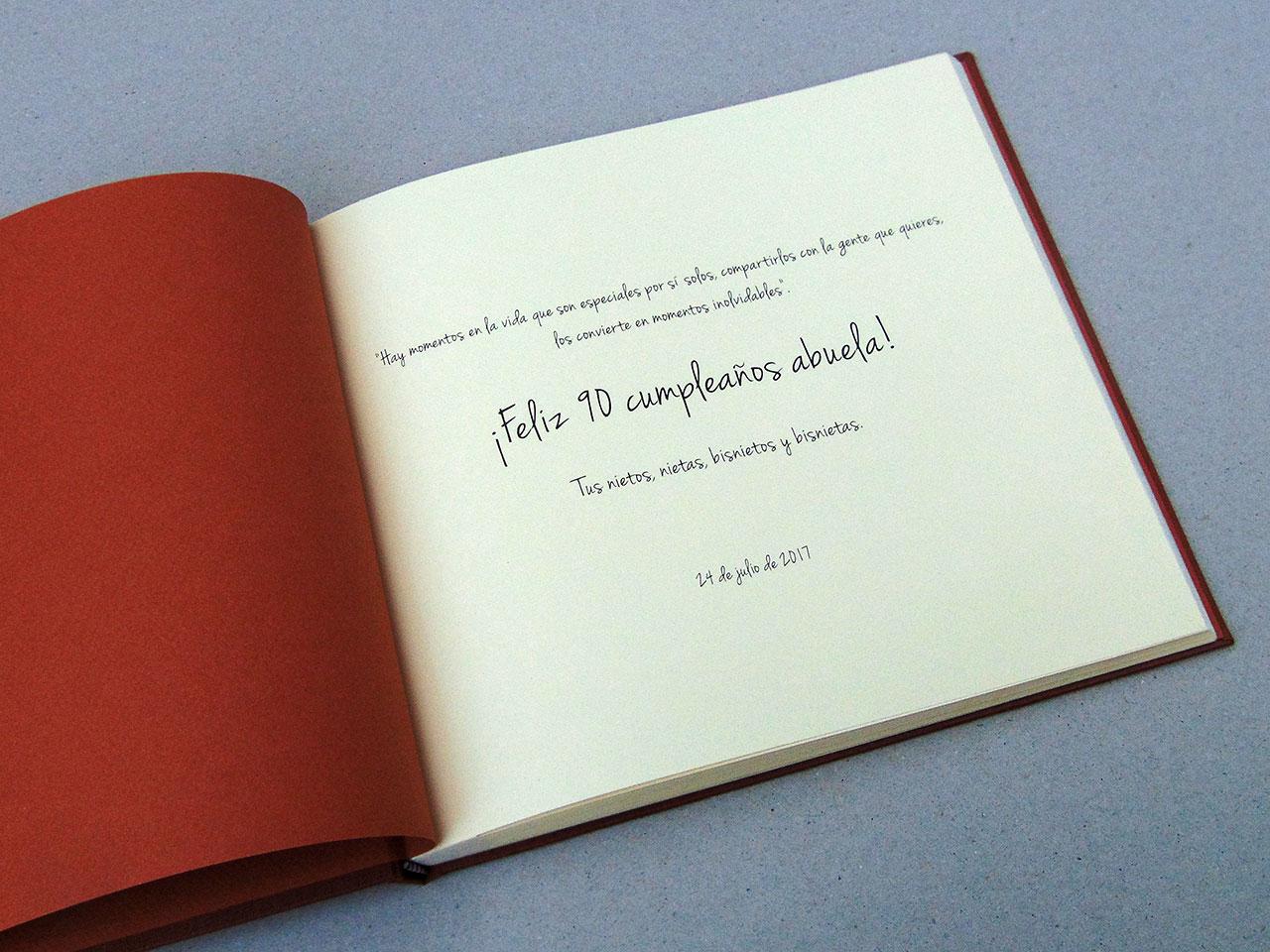 Personaliza tu libro de firmas boda 1. MardePapel