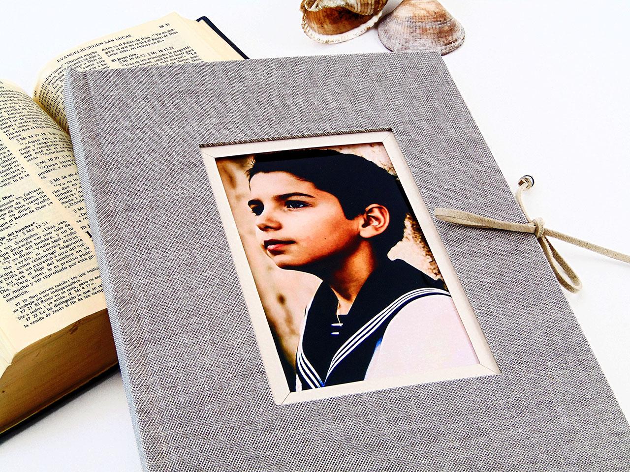 Libro de Firmas<br> con marco para foto.