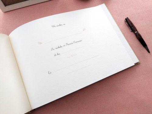 Libro de firmas de comunión Lirios 7. MardePapel