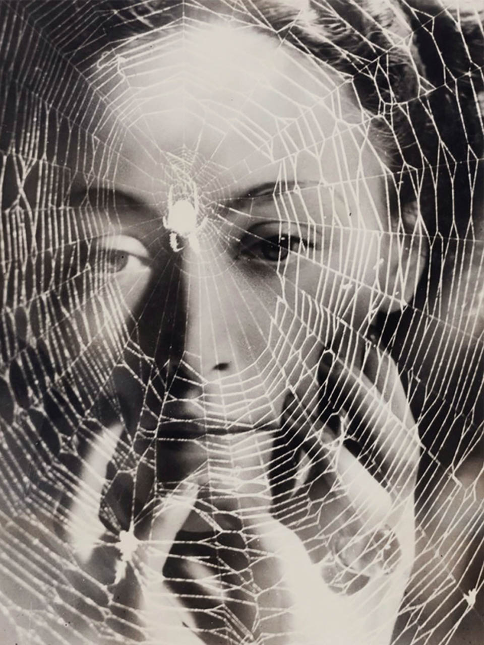 Dora Maar<br> The years lie in wait for you. 1935