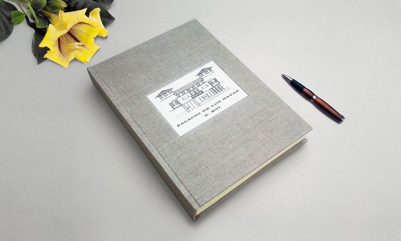 Palacio de Navas <br>Libro de firmas vertical